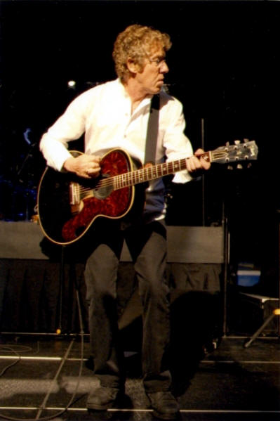 Roger Daltrey - November 22, 2009 Charlotte, NC USA - Use It Or Lose It